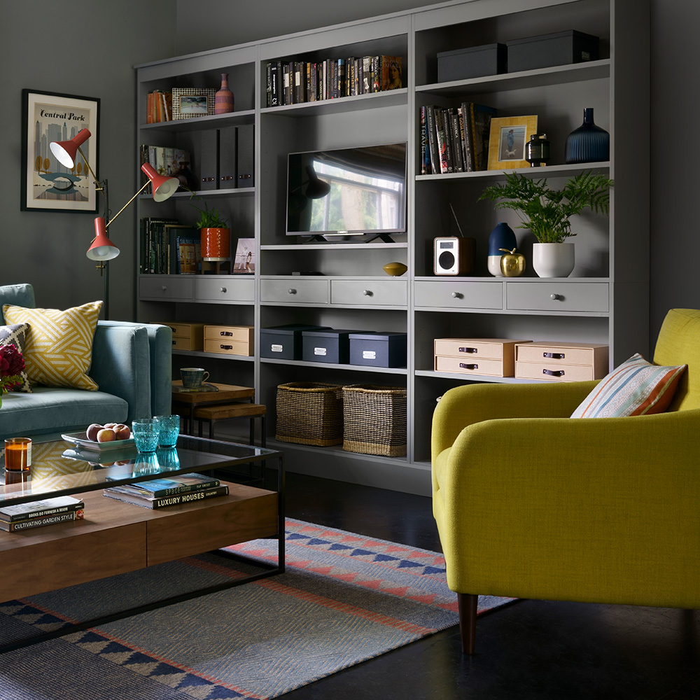 STORAGE SOLUTIONS - BUILT IN FITTED WARDROBES